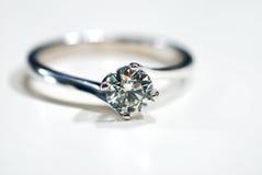 δαχτυλίδι 02 διαμαντιών στοκ φωτογραφίες με δικαίωμα ελεύθερης χρήσης