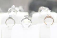 Δαχτυλίδια διαμαντιών Στοκ εικόνες με δικαίωμα ελεύθερης χρήσης