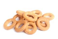 Δαχτυλίδια ψωμιού που απομονώνονται στο λευκό Στοκ Φωτογραφία
