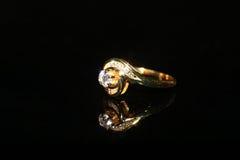 Δαχτυλίδι και πολύτιμος λίθος διαμαντιών κοσμημάτων Στοκ Φωτογραφίες