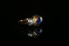 Δαχτυλίδι και πολύτιμος λίθος διαμαντιών κοσμημάτων Στοκ εικόνες με δικαίωμα ελεύθερης χρήσης
