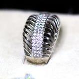Δαχτυλίδι κοσμημάτων μόδας με το zircon Στοκ Εικόνα