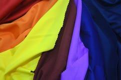 Δείγματα υφάσματος των διαφορετικών χρωμάτων Στοκ Φωτογραφία