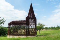Δείτε μέσω της εκκλησίας, Borgloon, Βέλγιο στοκ φωτογραφία