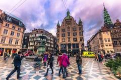 2 Δεκεμβρίου 2016: Στην οδό Storget στην κεντρική Κοπεγχάγη, Στοκ Εικόνες