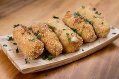 Δελτίο τροφίμων Croquettes. Χαρακτηριστικό Tapa της ισπανικής κουζίνας. Στοκ φωτογραφίες με δικαίωμα ελεύθερης χρήσης