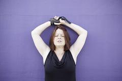 Δεμένα κορίτσι χέρια στοκ φωτογραφία με δικαίωμα ελεύθερης χρήσης