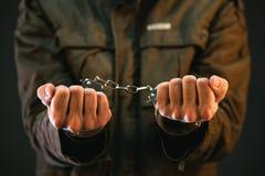 Δεμένος με χειροπέδες στρατιώτης Στοκ Φωτογραφίες
