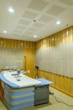 Δεμένο με ταινία δωμάτιο στο ραδιοσταθμό Στοκ Φωτογραφίες