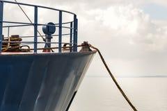 Δεμένο φορτηγό πλοίο Στοκ φωτογραφία με δικαίωμα ελεύθερης χρήσης