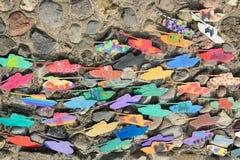 Δεξαμενές κοντραπλακέ που χρωματίζονται σε Watercolor και την γκουας από τα παιδιά Στοκ φωτογραφία με δικαίωμα ελεύθερης χρήσης