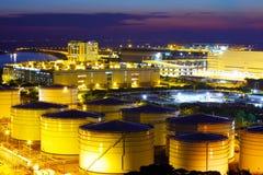 Δεξαμενές πετρελαίου για την υπηρεσία φορτίου Στοκ Φωτογραφίες
