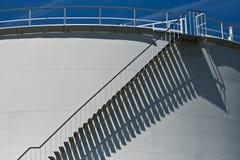 δεξαμενή αποθήκευσης πετρελαίου Στοκ φωτογραφία με δικαίωμα ελεύθερης χρήσης