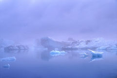 δεξαμενή χώνευσης της Ισλανδίας παγόβουνων jokulsarlon στοκ εικόνα