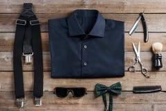 Δεσμός τόξων και suspenders στοκ εικόνες