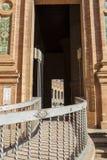 Δευτερεύουσα κεκλιμένη ράμπα για τα με ειδικές ανάγκες άτομα Plaza de Espana, Σεβίλη, S Στοκ φωτογραφία με δικαίωμα ελεύθερης χρήσης