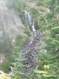 Δευτερεύουσα πτώση νερού βουνών στοκ εικόνα