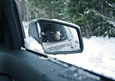 Δευτερεύων καθρέφτης αυτοκινήτων, οπισθοσκόπος καθρέφτης Στοκ Φωτογραφία