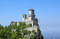 Δεύτερος πύργος του φρουρίου του Άγιου Μαρίνου στοκ φωτογραφία με δικαίωμα ελεύθερης χρήσης