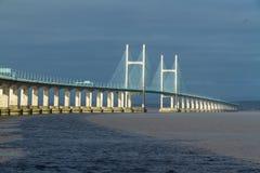 Δεύτερο Severn που διασχίζει, γέφυρα πέρα από το κανάλι του Μπρίστολ μεταξύ της Αγγλίας Στοκ Εικόνες