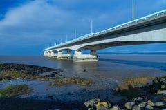 Δεύτερο Severn που διασχίζει, γέφυρα πέρα από το κανάλι του Μπρίστολ μεταξύ της Αγγλίας Στοκ Εικόνα