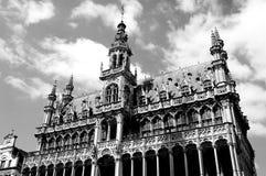 Δημαρχείο grande-θέσεων στις Βρυξέλλες σε γραπτό στοκ φωτογραφία με δικαίωμα ελεύθερης χρήσης