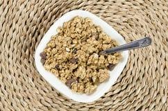 Δημητριακά, καρύδια και σταφίδα Στοκ φωτογραφία με δικαίωμα ελεύθερης χρήσης