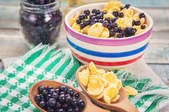 Δημητριακά με το μύρτιλλο Στοκ Φωτογραφία