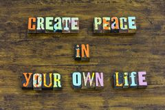 Δημιουργήστε την ειρήνη η ελπίδα πίστης ζωής που σας θεωρεί το karma αγνότητας αγάπης στοκ εικόνα
