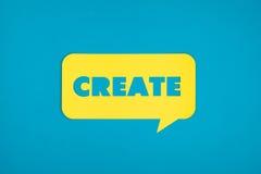 Δημιουργήστε τη λέξη που αποκόπτει στο κίτρινο σύννεφο Στοκ φωτογραφία με δικαίωμα ελεύθερης χρήσης