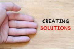 Δημιουργία της έννοιας κειμένων λύσεων Στοκ εικόνα με δικαίωμα ελεύθερης χρήσης