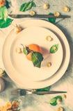 Δημιουργική artsy ιδέα επιτραπέζιων ντεκόρ στοκ εικόνες