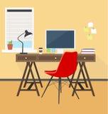 Δημιουργικός εργασιακός χώρος στο γραφείο ή το σπίτι Στοκ εικόνα με δικαίωμα ελεύθερης χρήσης