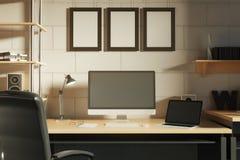 Δημιουργικός εργασιακός χώρος απεικόνιση αποθεμάτων