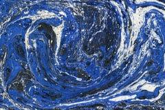 Δημιουργικό αφηρημένο υπόβαθρο τέχνης στα μπλε, άσπρα και τυρκουάζ χρώματα απεικόνιση αποθεμάτων