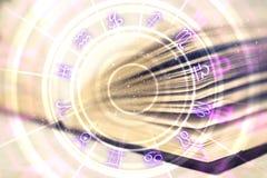 Δημιουργικό βιβλίο με zodiac τη ρόδα στοκ εικόνα με δικαίωμα ελεύθερης χρήσης