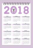 Δημιουργικό ημερολόγιο με το συρμένο σκυλί παιχνιδιών για το έτος 2018 τοίχων Στοκ Φωτογραφία