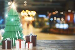 Δημιουργικό σκηνικό χριστουγεννιάτικων δέντρων ελεύθερη απεικόνιση δικαιώματος