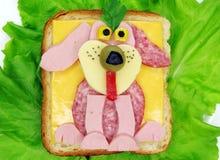 Δημιουργικό φυτικό σάντουιτς με το τυρί και το ζαμπόν Στοκ Φωτογραφίες
