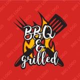 Δημιουργικό bbq σχέδιο λογότυπων με τη φλόγα επίσης corel σύρετε το διάνυσμα απεικόνισης Στοκ Εικόνα