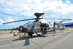 Δημοκρατία της πολεμικής αεροπορίας της Σιγκαπούρης (RSAF) Apache ah-64 επιθετικό ελικόπτερο στην επίδειξη στη Σιγκαπούρη Airshow  Στοκ Φωτογραφίες