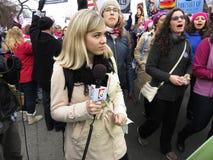 Δημοσιογράφος γυναικών στις γυναίκες ` s Μάρτιος Στοκ Φωτογραφίες