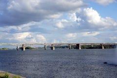 Δημοτική γέφυρα στο Novosibirsk Στοκ φωτογραφία με δικαίωμα ελεύθερης χρήσης