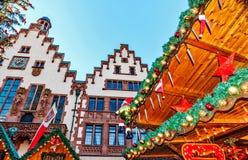 Δημοφιλές τουριστικό αξιοθέατο αγοράς Χριστουγέννων στη Φρανκφούρτη, Γερμανία Στοκ Φωτογραφίες