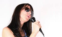 δημοφιλής γυναίκα εκτελεστών μουσικής Στοκ φωτογραφία με δικαίωμα ελεύθερης χρήσης