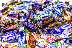 Δημοφιλή ζωηρόχρωμα γλυκά εμπορικών σημάτων στοκ φωτογραφίες με δικαίωμα ελεύθερης χρήσης