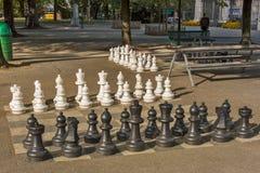 Δημόσια παιχνίδια σκακιού στο πάρκο προμαχώνων, Γενεύη στοκ εικόνα