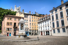Δημόσια πλατεία στη Λυών, Γαλλία Στοκ εικόνα με δικαίωμα ελεύθερης χρήσης