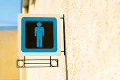 Δημόσια σημάδια χώρων ανάπαυσης με ένα σύμβολο κυρίων Στοκ Φωτογραφία