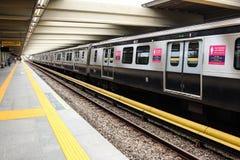 Δημόσιες συγκοινωνίες - τραίνα και τελεφερίκ - Ρίο ντε Τζανέιρο Στοκ εικόνα με δικαίωμα ελεύθερης χρήσης